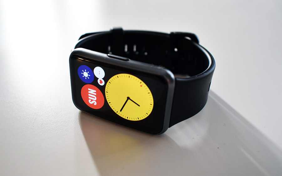 HUAWEI WATCH Fit Review